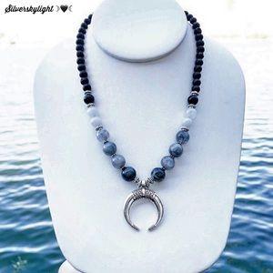 Boho quartz onyx bead chocker silver moon necklace